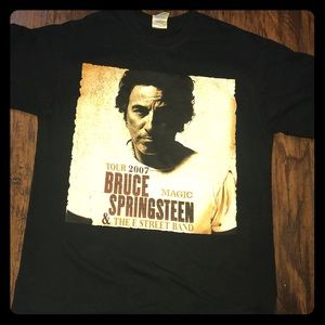 Tops - Vintage Springsteen T-shirt. 2007 Magic Tour.